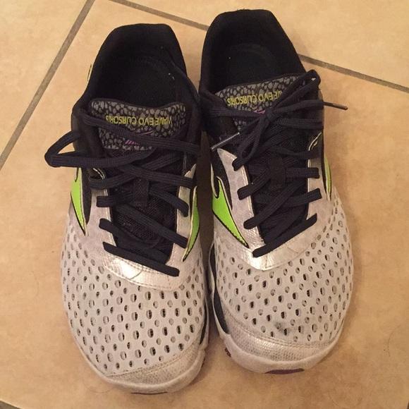 Mizuno Shoes   Zero Drop Running Shoe
